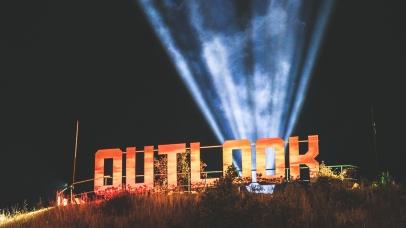 Outlook Friday night - Callum_ Chaplin-14
